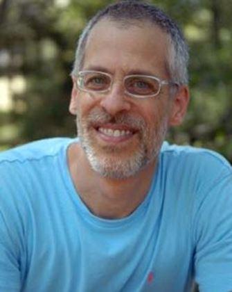 Yazarın resmi Andrew Pessin