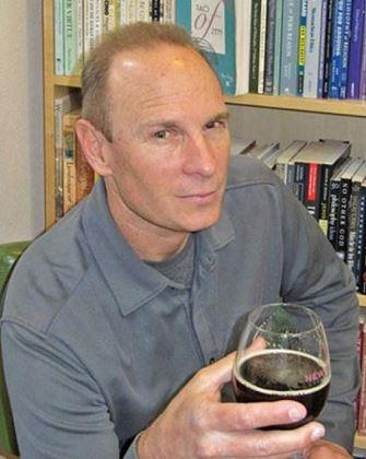 Yazarın resmi Matt Lawrence